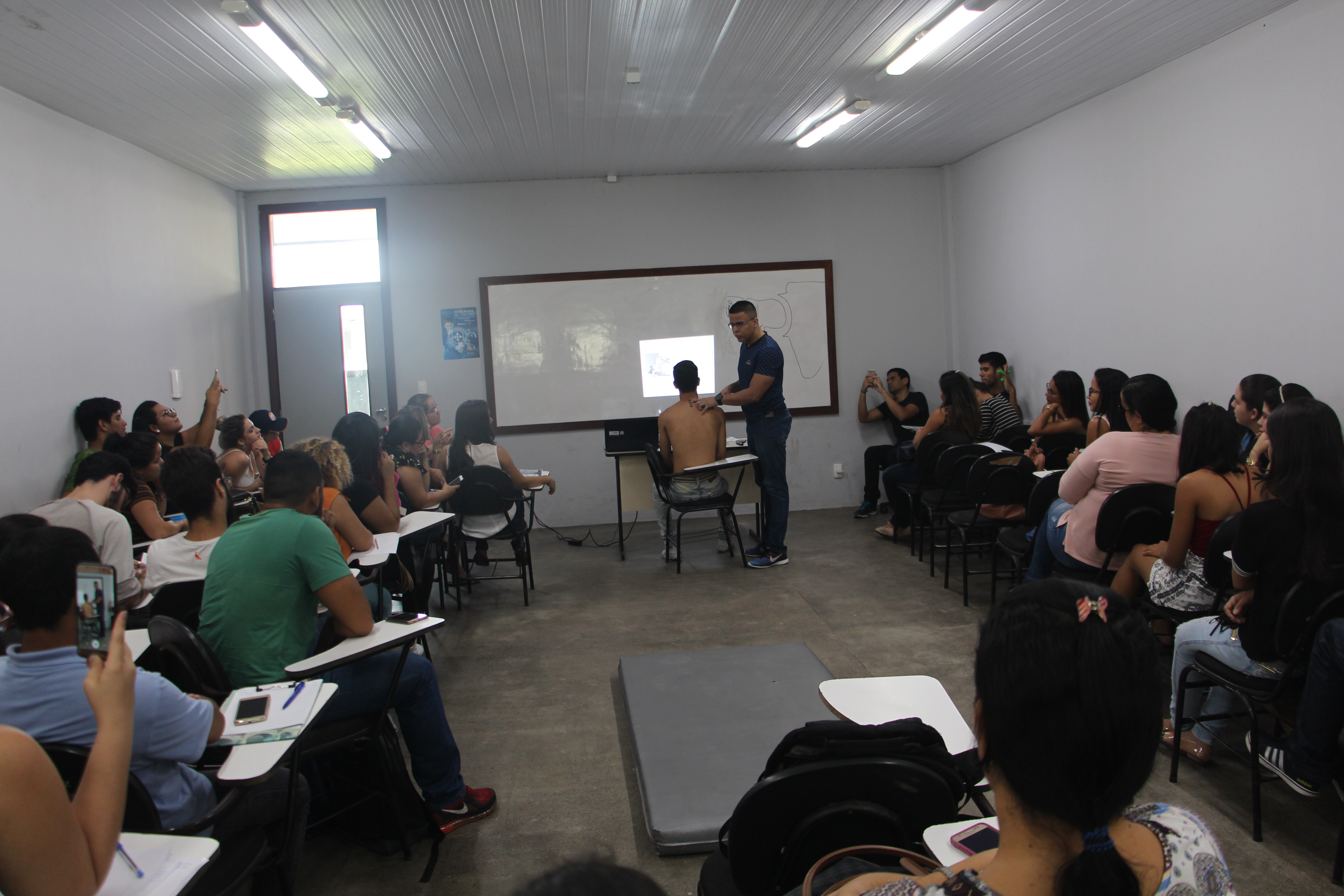"""Programação do SESSAM tem Workshop abordando o tema """"Anatomia Palpatória"""""""