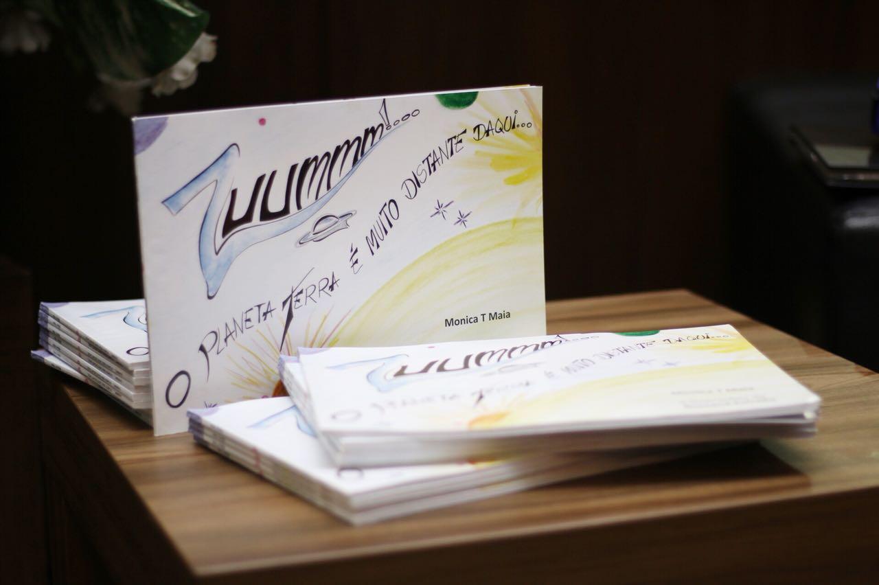 Universidade Nilton Lins sedia lançamento de livros