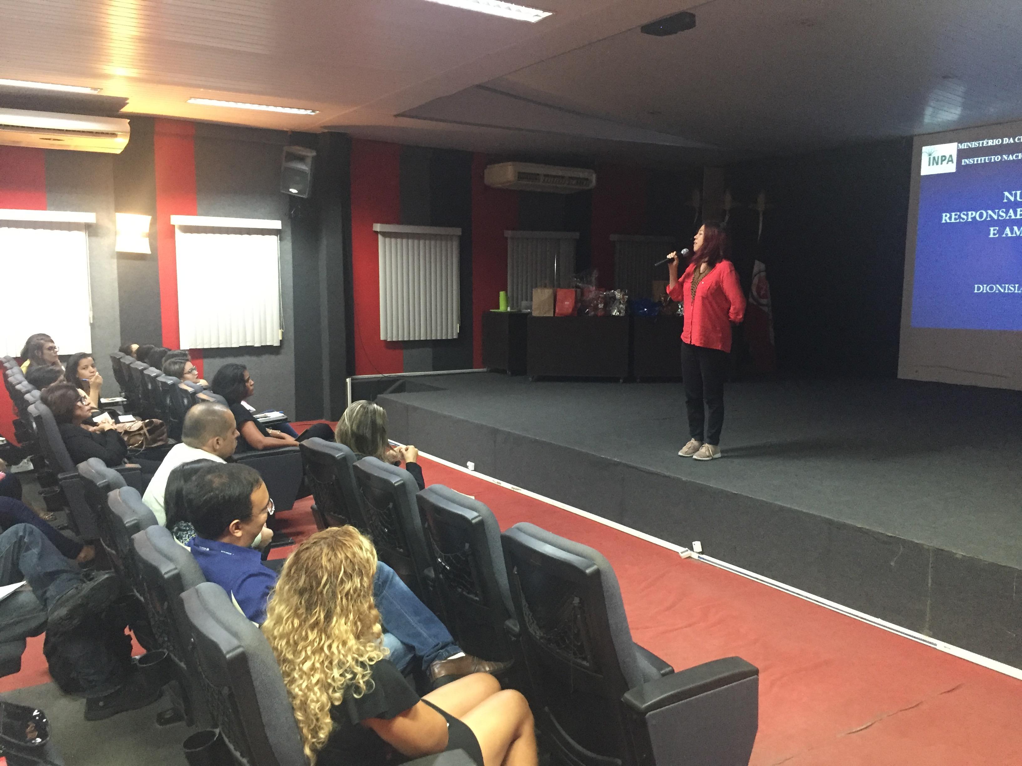 Curso de Nutrição realiza jornada acadêmica no auditório Vânia Pimentel