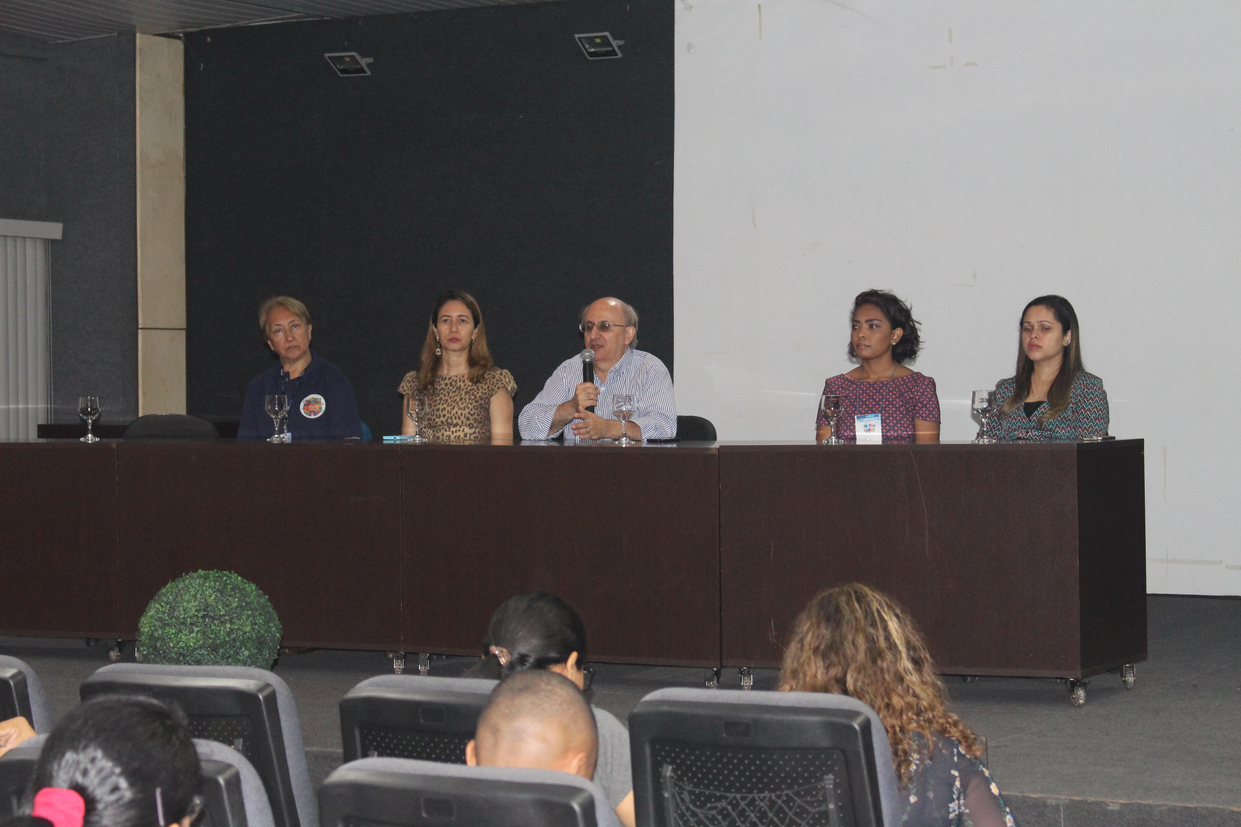 Universidade Nilton Lins promove seminário abordando o tema: A Formação da Identidade Docente.