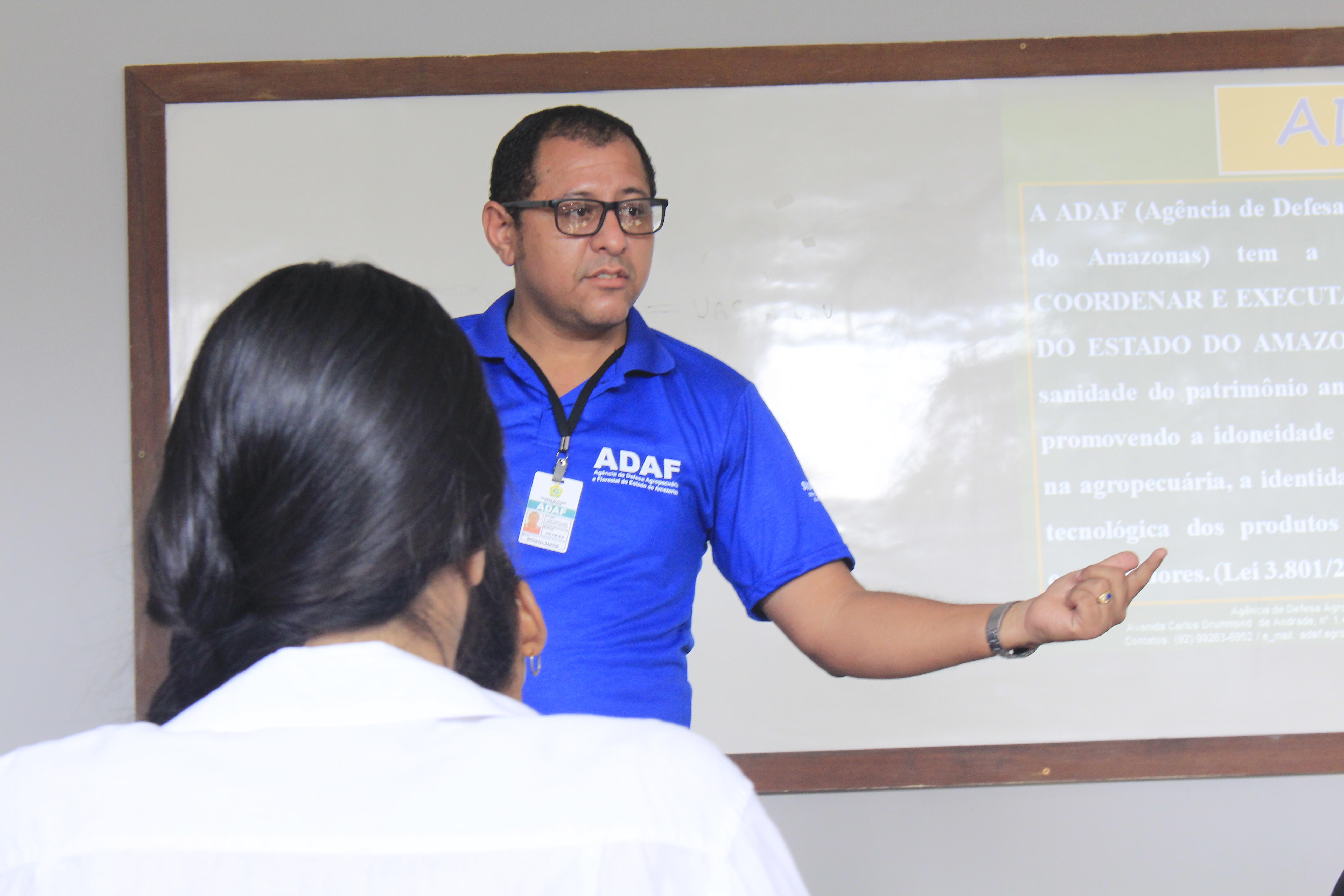 Adaf promove palestra sobre cuidados com o uso dos Agrotóxicos na II Feira de Agronegócios