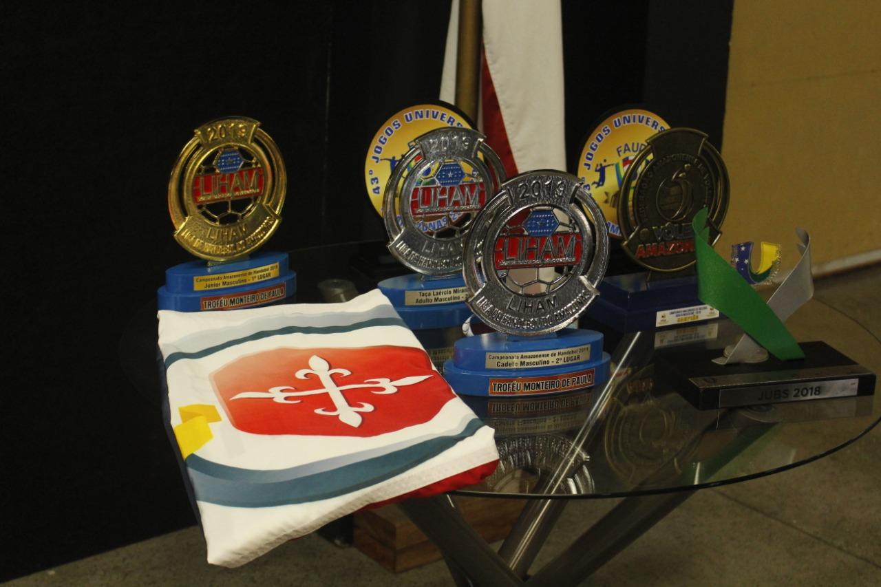 Vitória dos Times de Handball e Volei