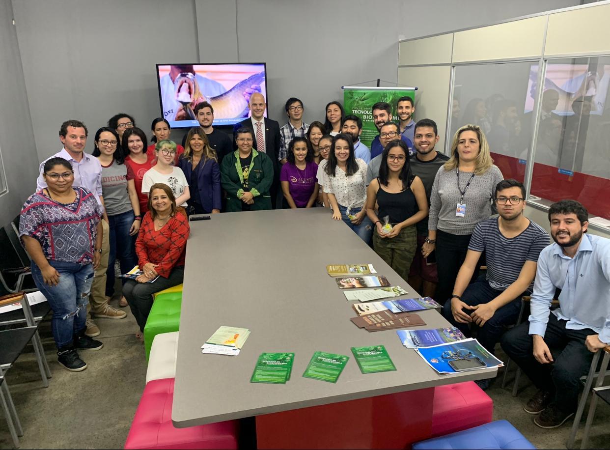 SEMANA DE INOVAÇÃO SUÉCIA-BRASIL: Comitiva Sueca visita o Núcleo de Inovação Tecnológica da  Universidade Nilton Lins